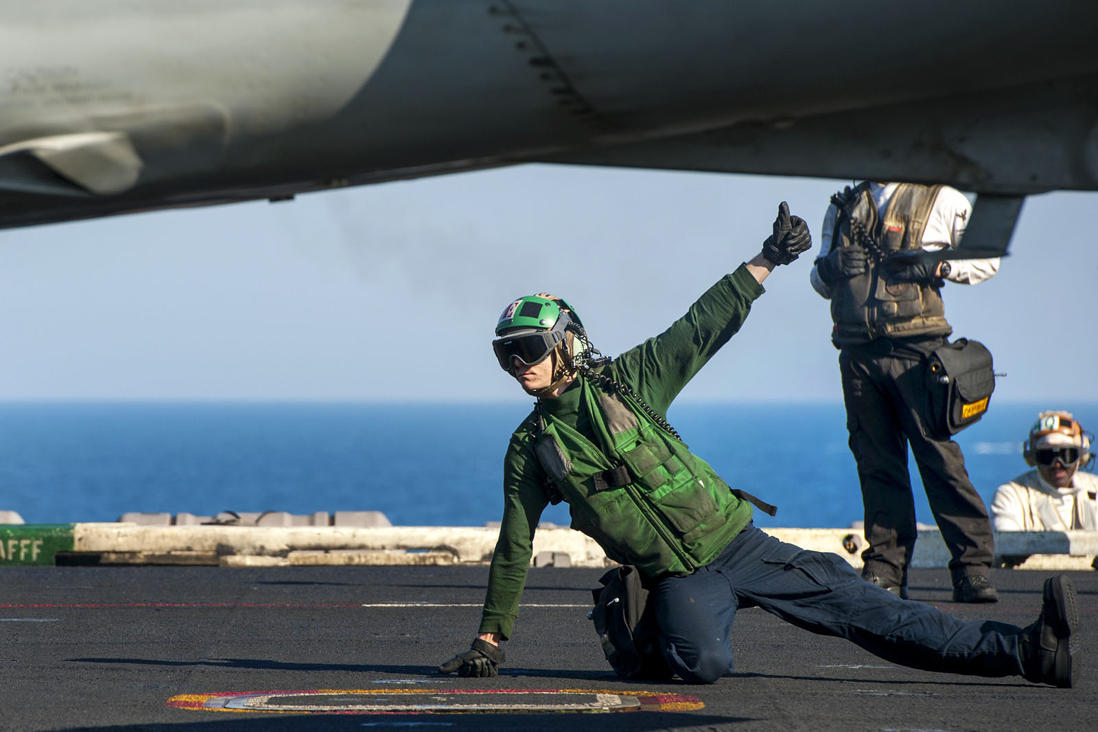 F/A-18E Super Hornet cleared for launch from USS Carl Vinson, Jan 3rd 2015 (US Navy/ John Philip Wagner Jr)