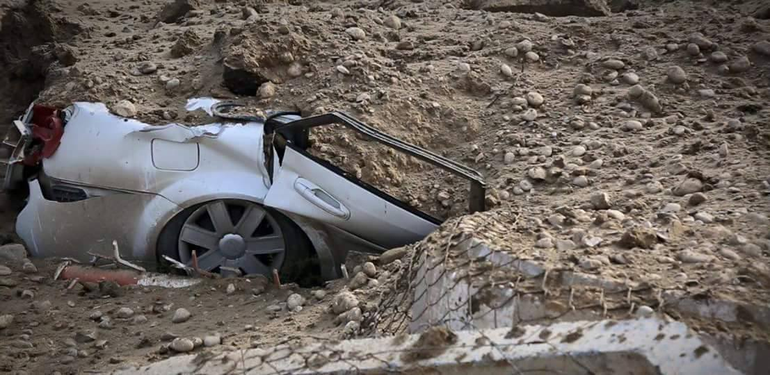 One of 40 vehicles destroyed in an alleged Coalition strike at Mosul which killed up to 17 civilians (via NRN)