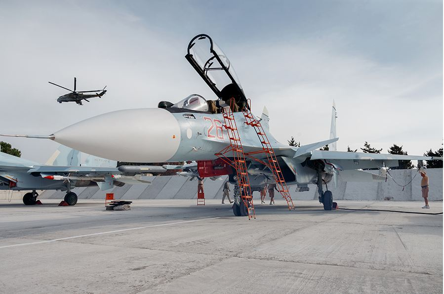 A Russain Air Force jet readies for a mission, Syria 2015 (via Russian MoD)