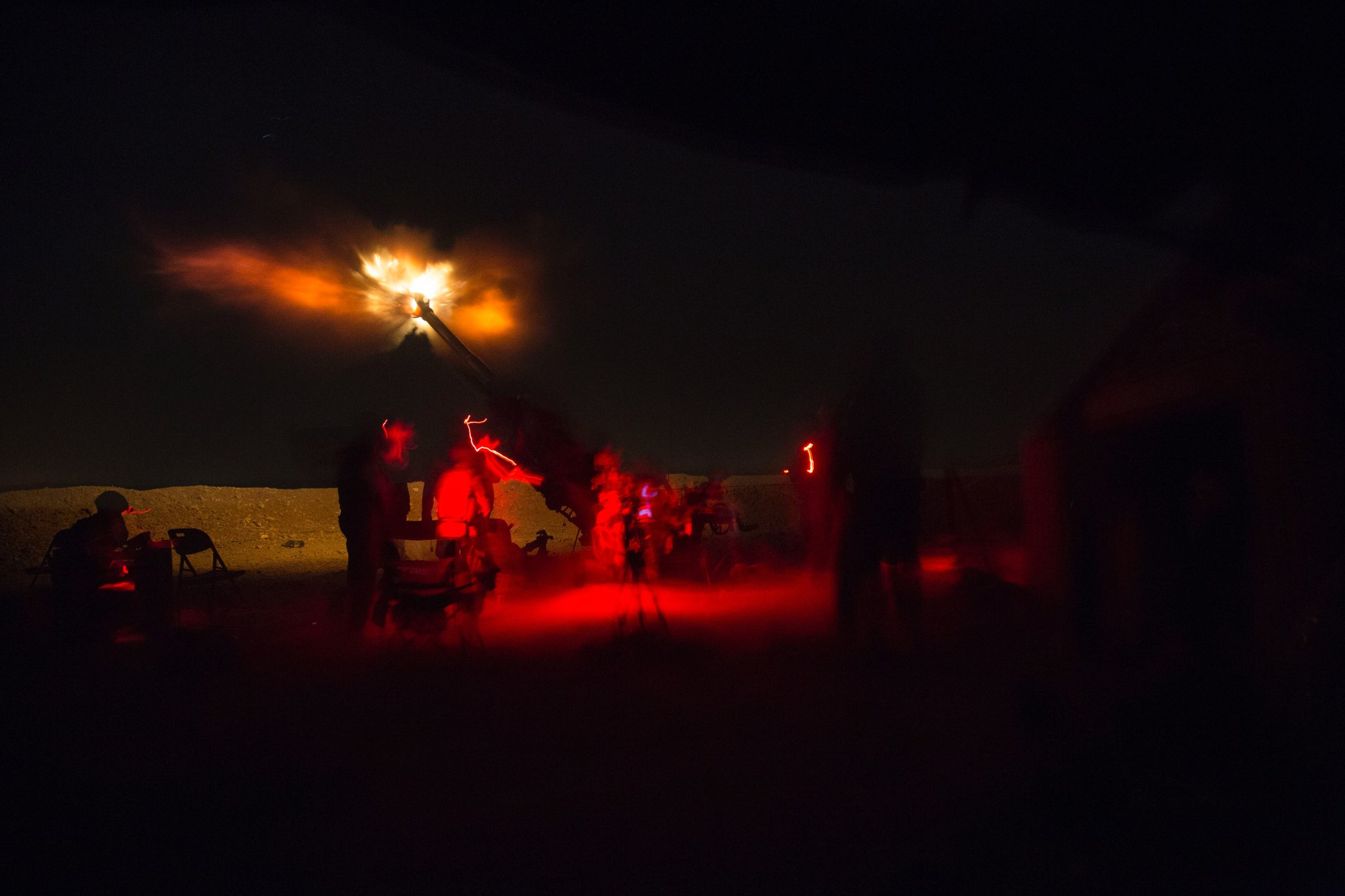 A picture of a recent night time artillery engagement from Kara Soar base, supporting Iraqi troops (via US army)