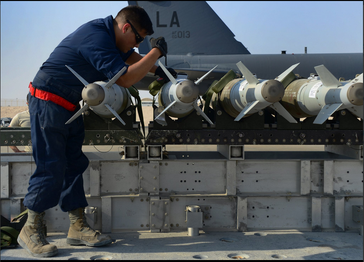 New USAF pics hint at intensity of the Mosul campaign. 500lb and 1,000lb bombs being loaded onto a B-52 for the battle of Mosul, Oct 19th (USAF)