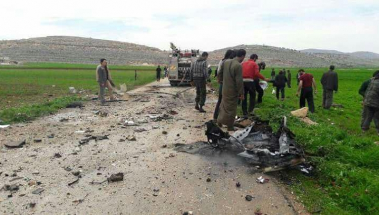 The aftermath of a strike on the road between Sarmada and Kafr Daryan in which two or three nearby civilians were alleged killed, March 27th (via Baladi)